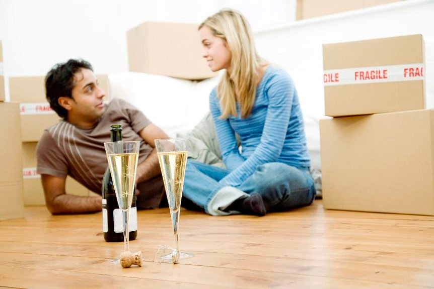 mortgage young couple new home